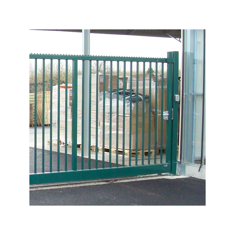 Portail coulissant vert for Garage pret a poser